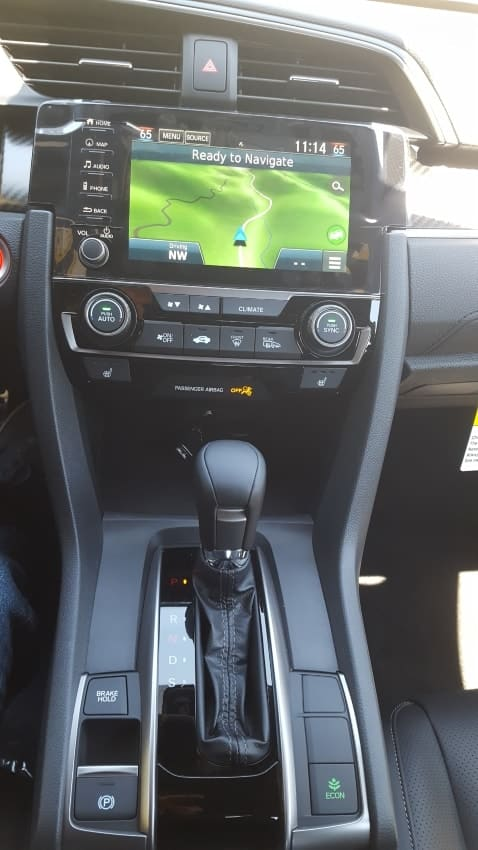 2019 Honda Civic hatchback center stack and console